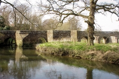Stare Bridge, Stoneleigh : Circular Walk 6 : Spring-2000 : photo Duncan Bean