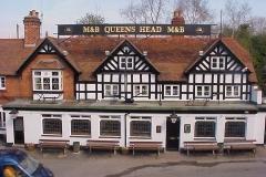 Queens Head, Meriden : The Finish : Spring-2000 : photo Duncan Bean