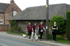 13:41 : Cathedral Relay team and supporters in Rugby Road, Brinklow