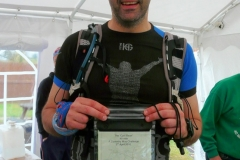 17:15 : Simon Billson just presented with his 40-Mile Certificate