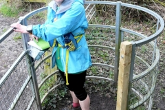 09:24 : the repaired path with new post was added to avoid the gate going past the hoops ...